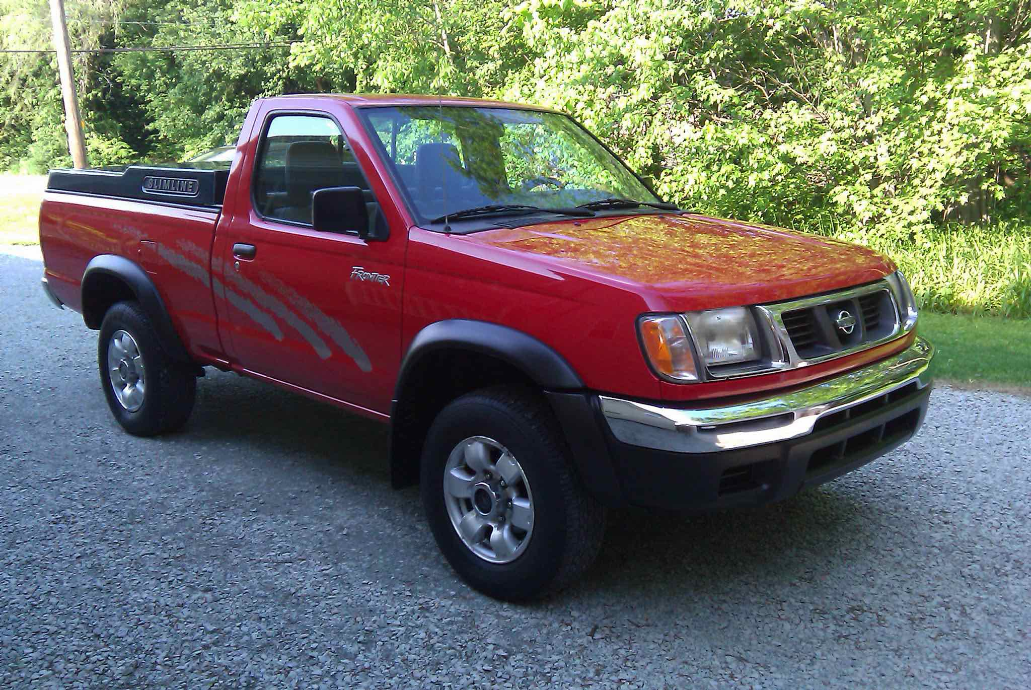Retro review 1998 2004 nissan frontier epautos libertarian car talk its not yet a classic but the 98 2004 nissan frontier and other same era compact trucks like the toyota tacoma and ford rangermazda b series looks fandeluxe Choice Image
